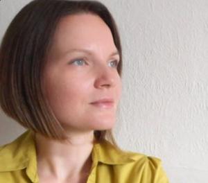 Author image, Juli Sudi